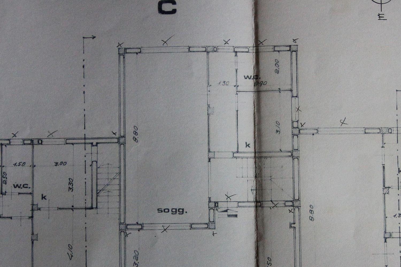 Appartamento in vendita, rif. R/400 (Planimetria 1/2)