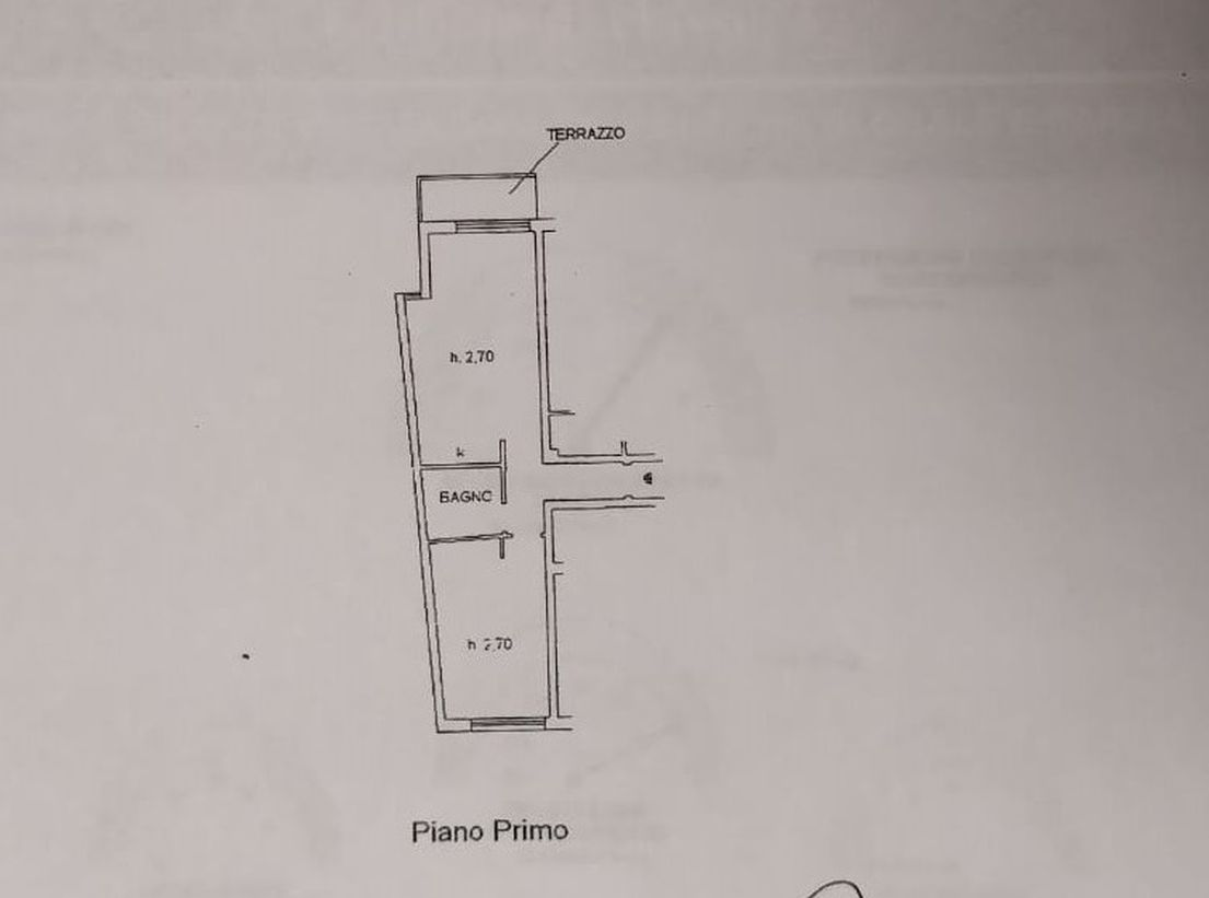 Appartamento in vendita, rif. R/615 (Planimetria 1/2)