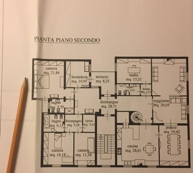 Planimetria 1/2 per rif. 943