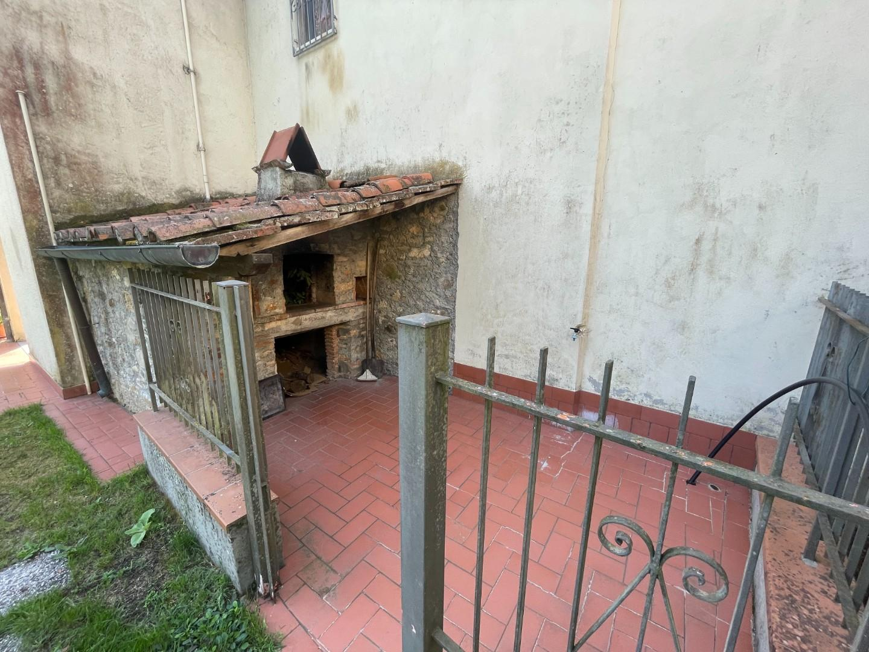 Casa semindipendente in vendita - Valpromaro, Camaiore