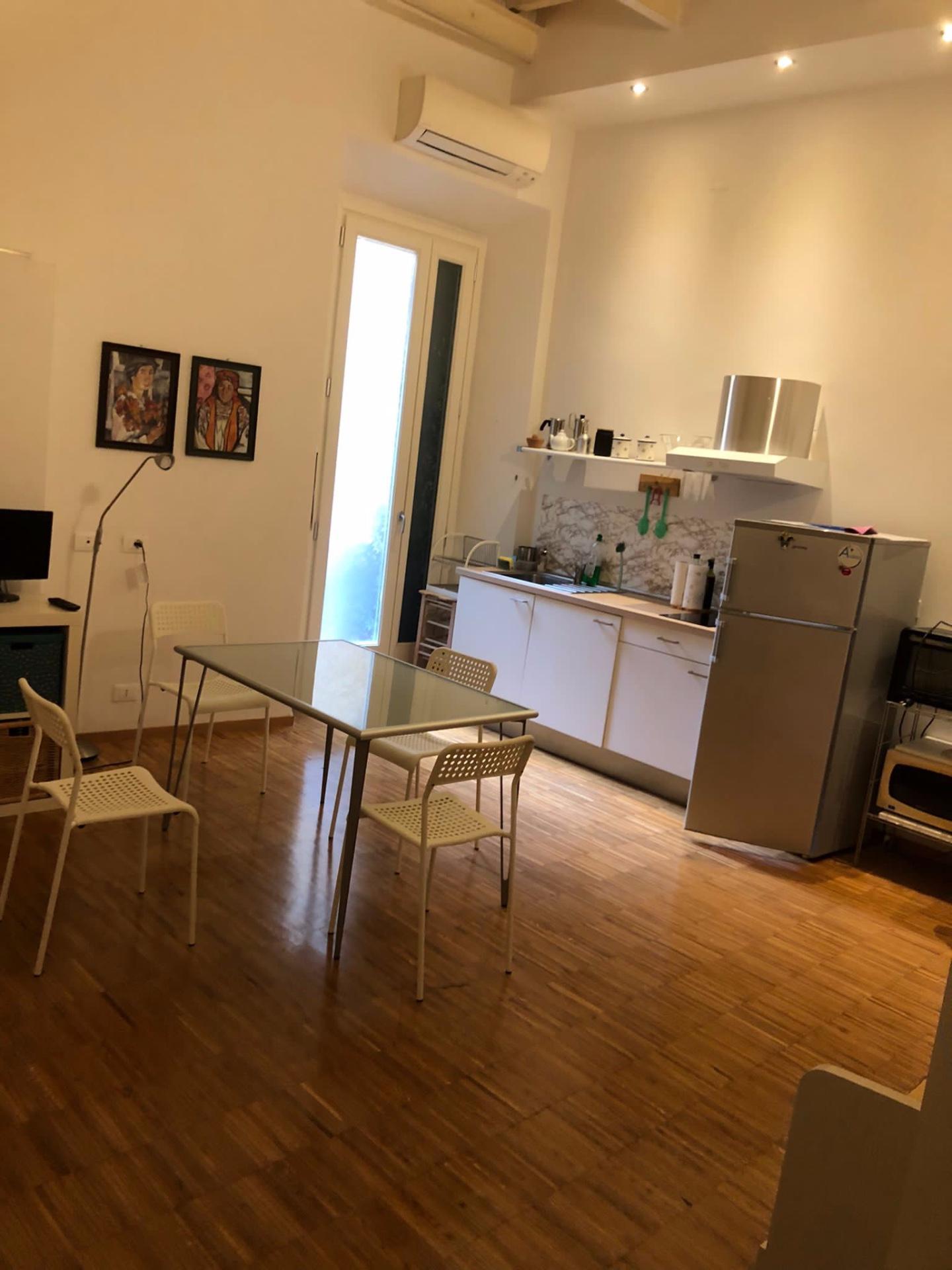 Appartamento in affitto, rif. a39/402