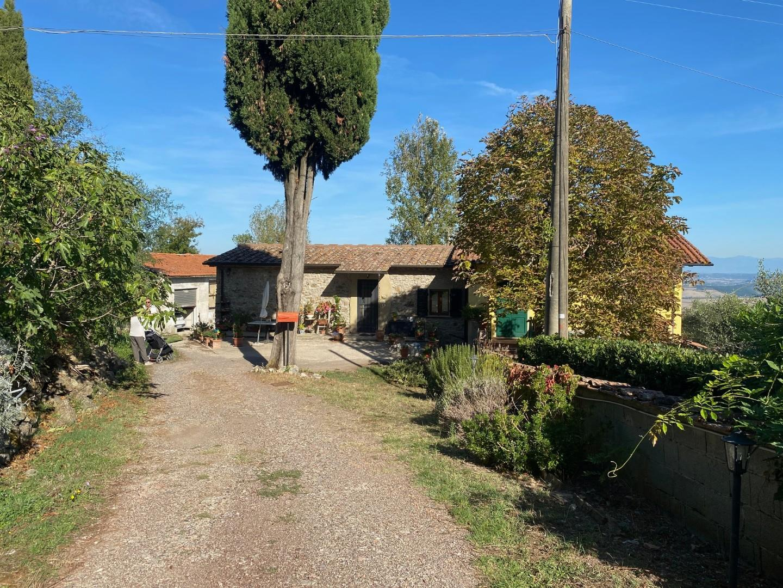 Colonica in vendita a Lajatico (PI)