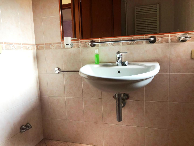 Appartamento in affitto, rif. R/394