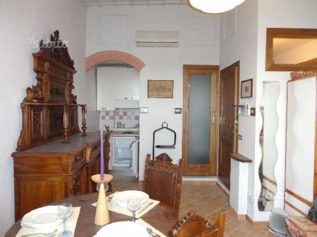 Appartamento in vendita a San Gimignano, 2 locali, prezzo € 200.000   CambioCasa.it