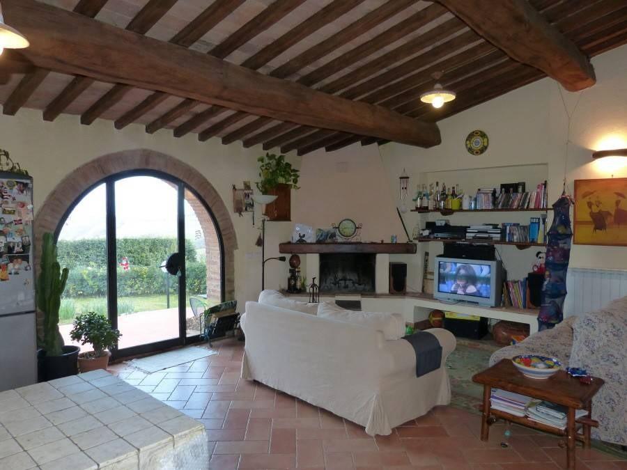 Porzione di casa in vendita a Monte Sante Marie, Asciano (SI)
