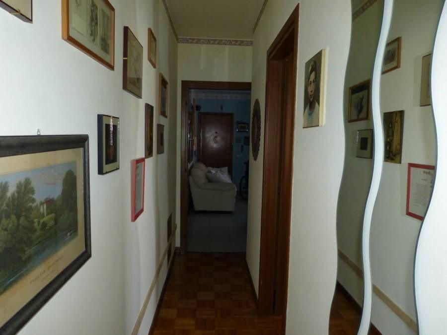 Foto 7/10 per rif. R/2700
