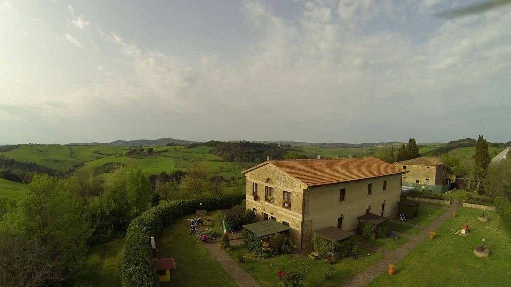 Portion of house for sale in Volterra (PI)