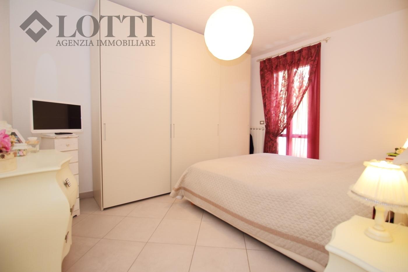 Appartamento in vendita, rif. 571