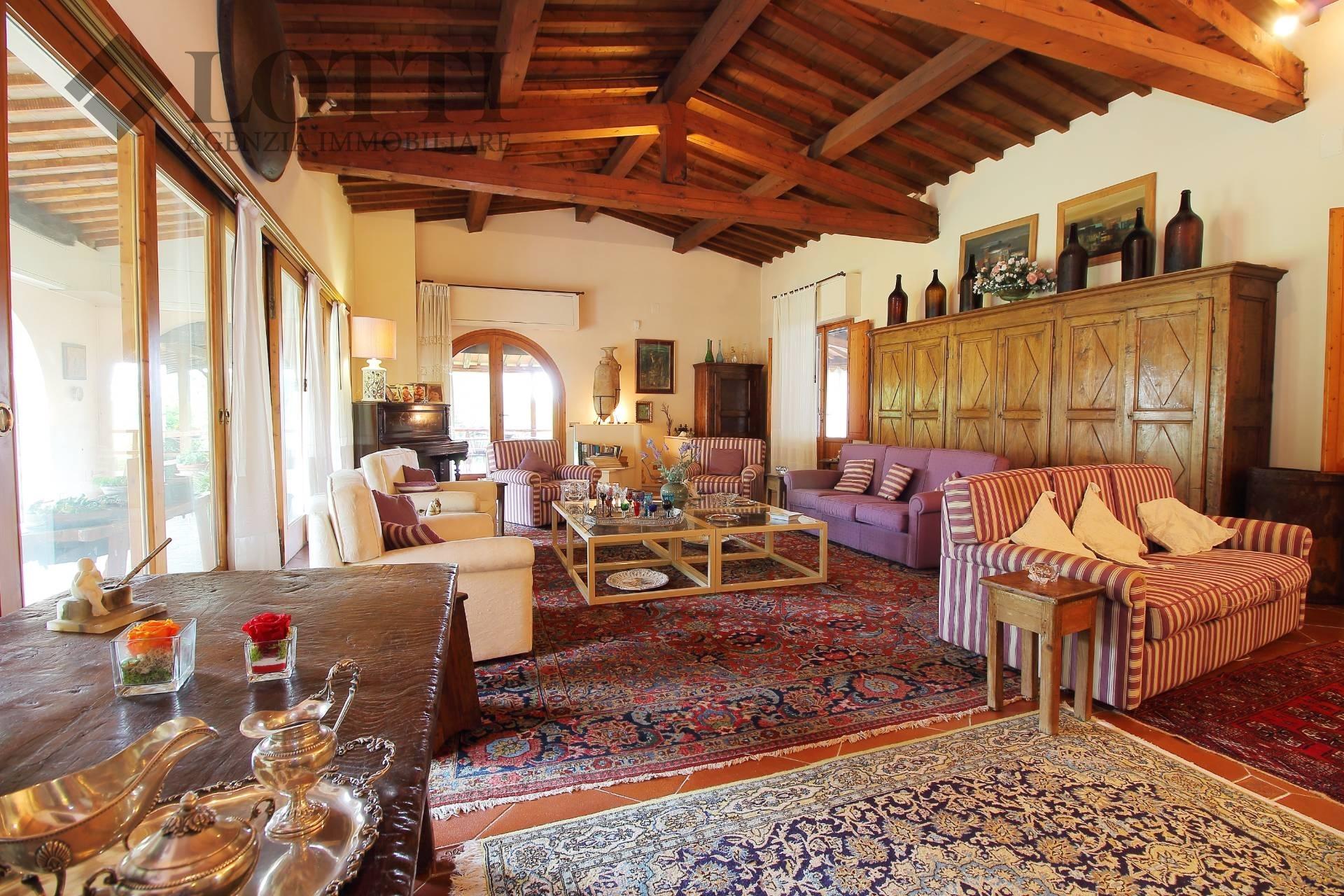 Villa singola in vendita, rif. 540