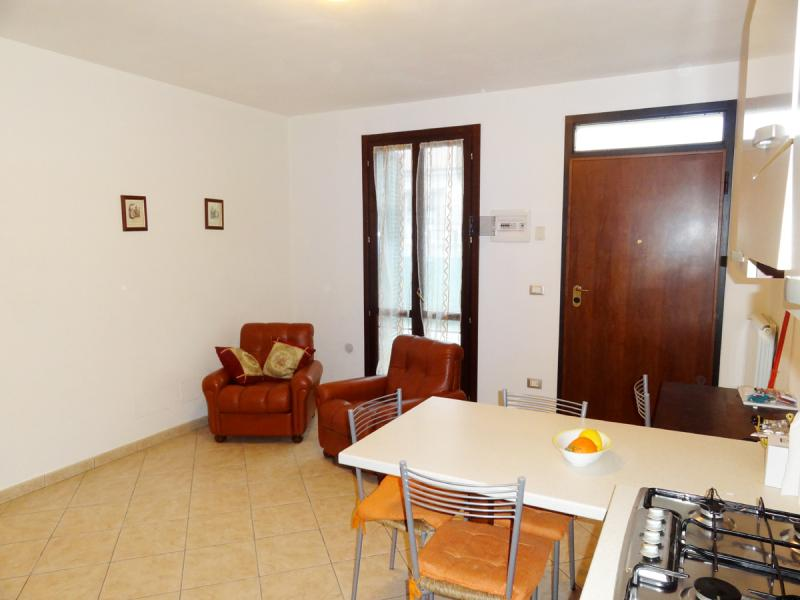 Appartamento in vendita a Cascine, Buti (PI)