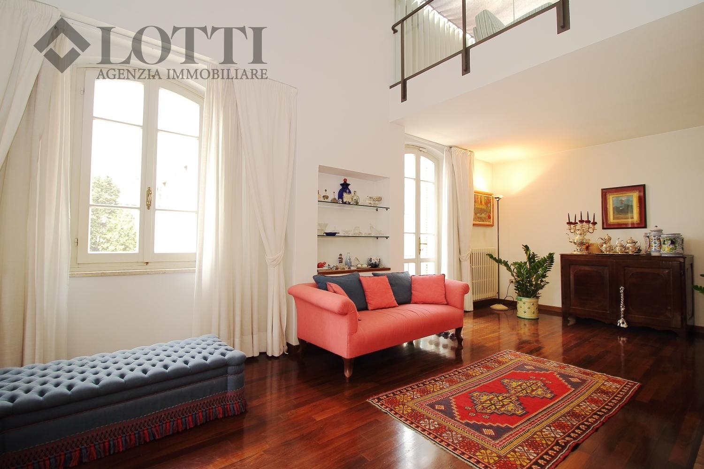 Villa singola in vendita, rif. 529