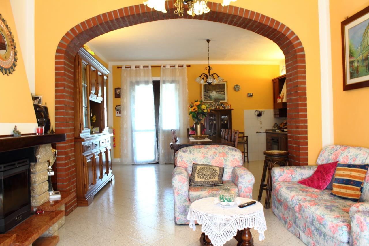 Casa singola in vendita, rif. 282