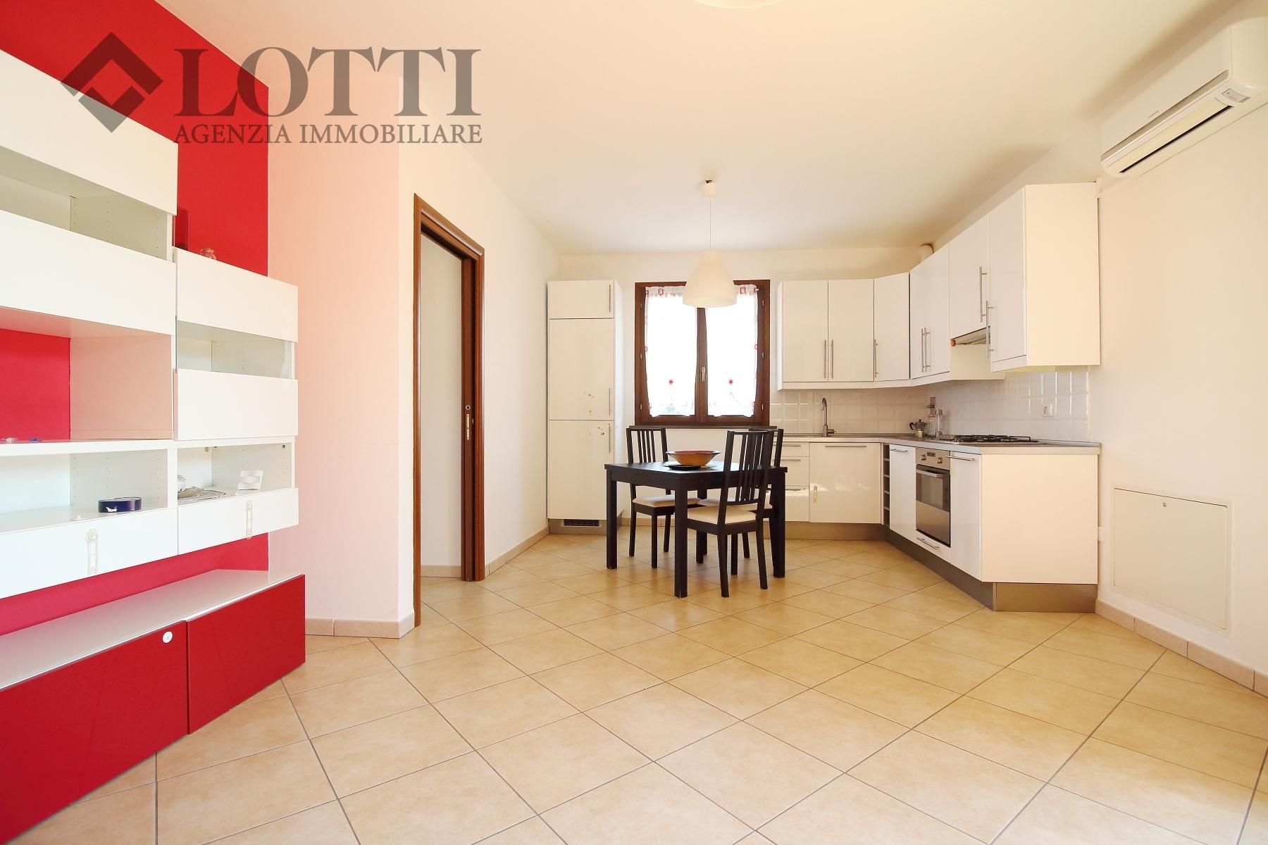 Appartamento in vendita, rif. 565