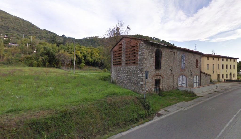 Fienile in vendita a Maggiano, Lucca