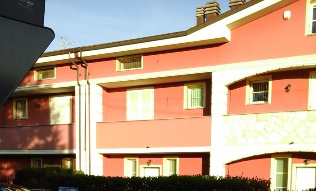 Villetta a schiera in vendita, rif. 01809