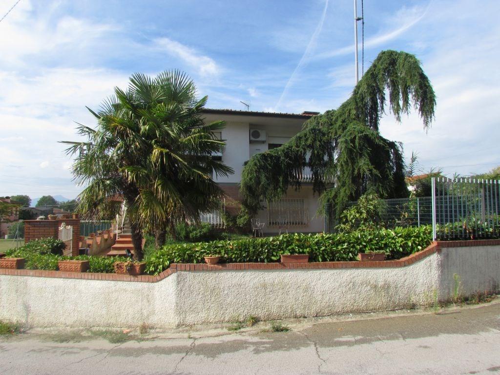 Appartamento in vendita, rif. 01656