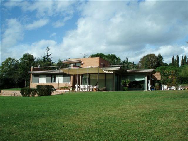 Villa singola in vendita, rif. 01853