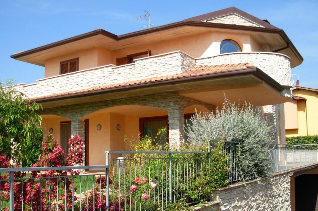 Villa singola in vendita a Pescia (PT)