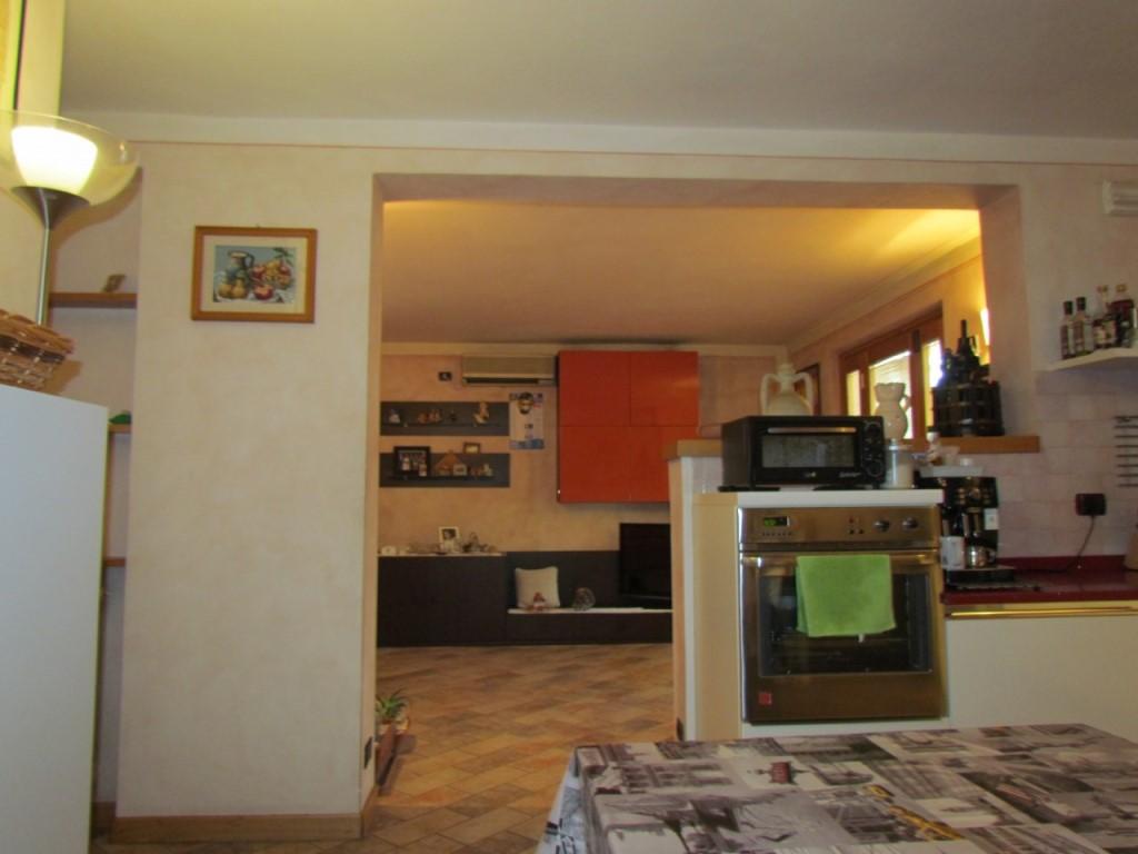 Appartamento in vendita, rif. 01979