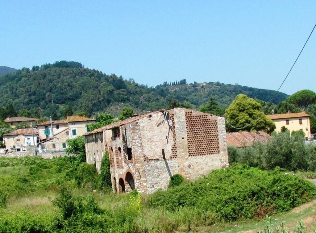 Rustico in vendita a Massa Pisana, Lucca