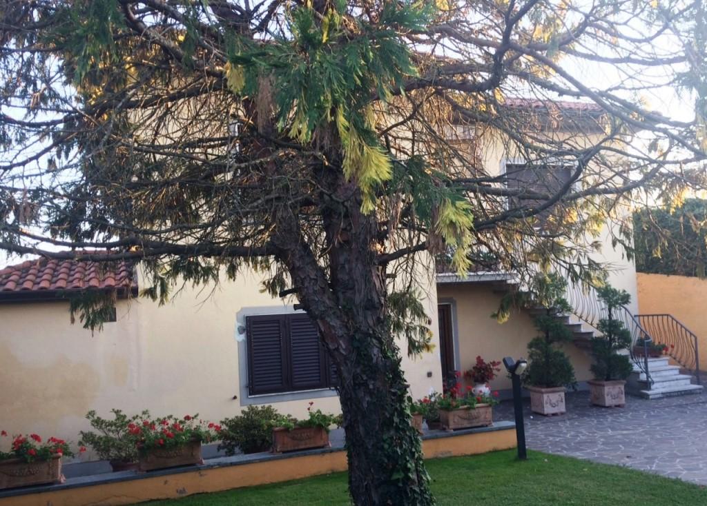 Villetta bifamiliare in vendita, rif. 02010