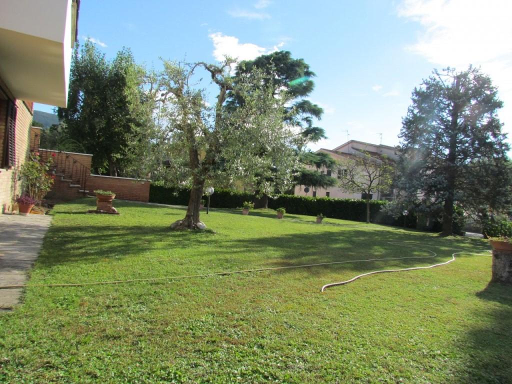 Villa singola in vendita, rif. 02017