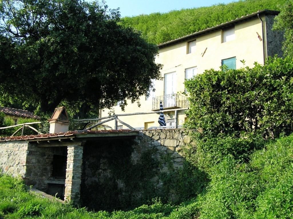 Agriturismo in vendita a Capannori (LU)