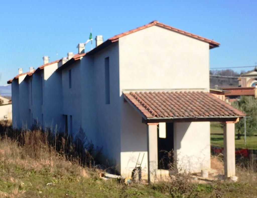 Villetta a schiera in vendita, rif. 02060