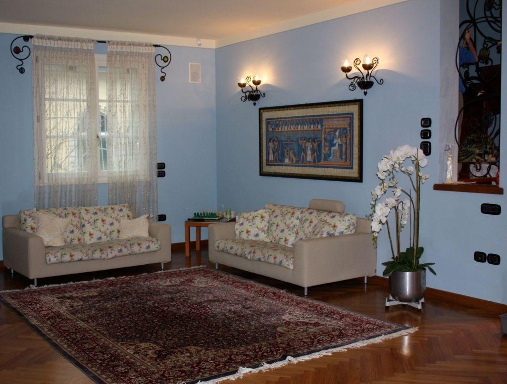 Villa singola in vendita - Viareggio