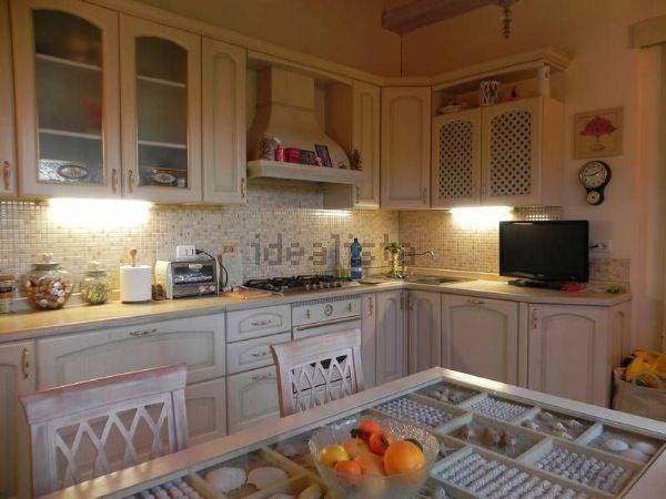 Casa semindipendente in vendita - Camaiore