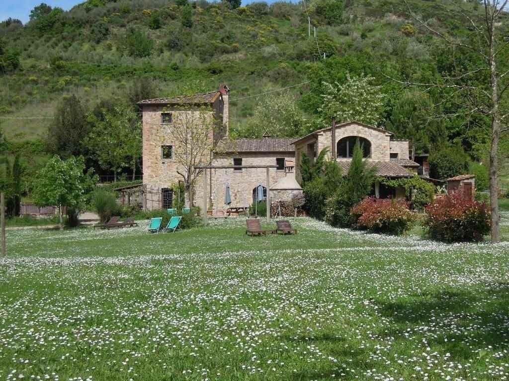 Rustico / Casale in vendita a Montaione, 7 locali, prezzo € 830.000 | CambioCasa.it
