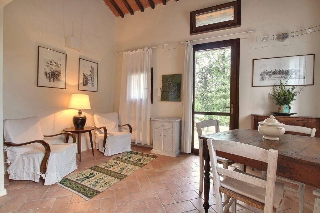 Appartamento in vendita a San Gimignano, 2 locali, prezzo € 149.000   CambioCasa.it