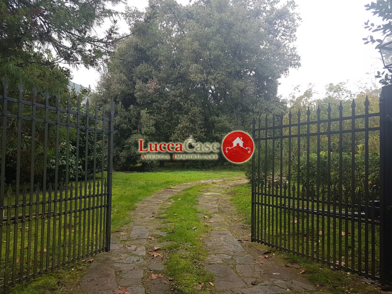 RUSTICO in Vendita a Capannori (LUCCA)