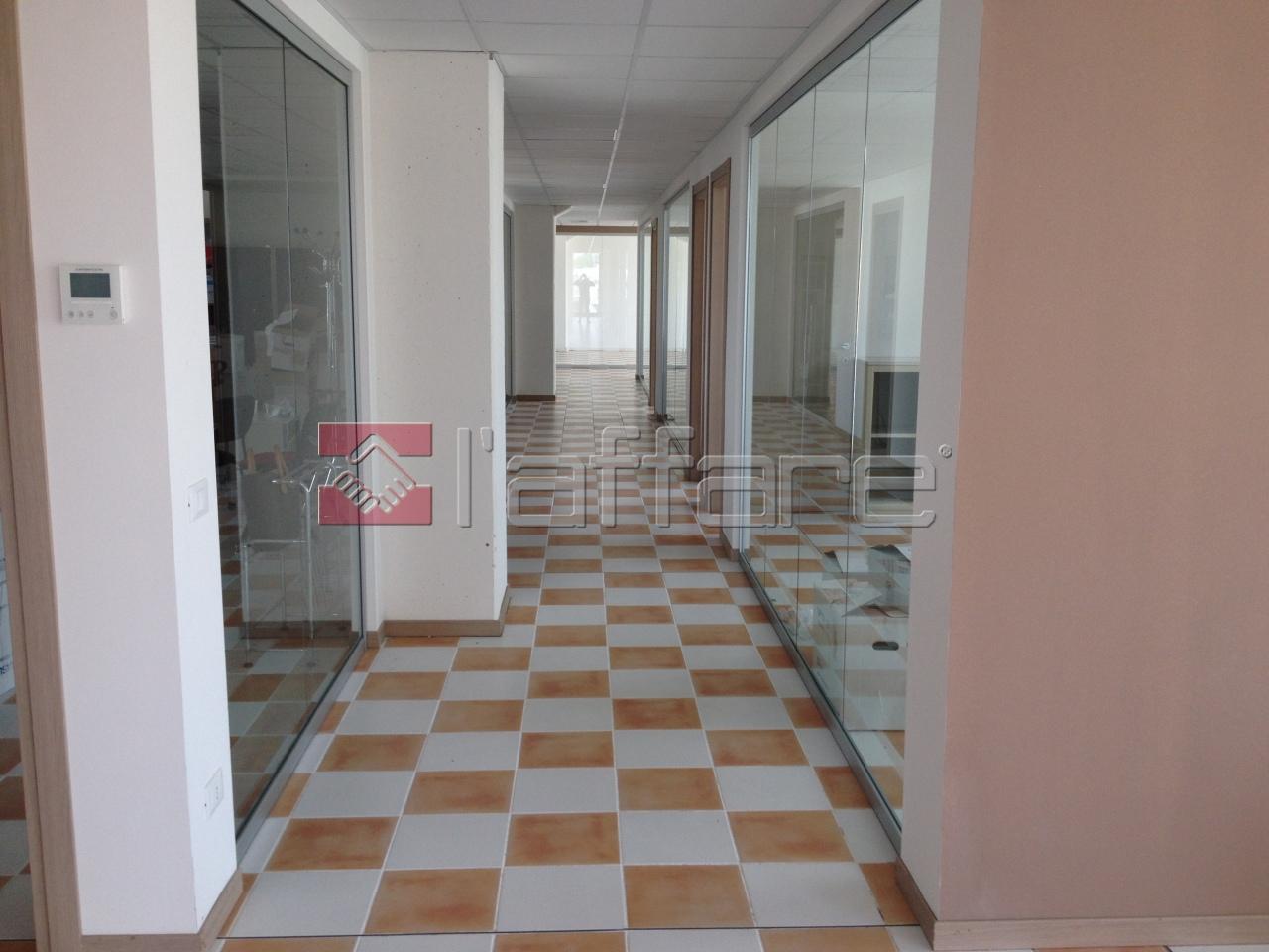 Ufficio in affitto commerciale a Casciana Terme Lari (PI)