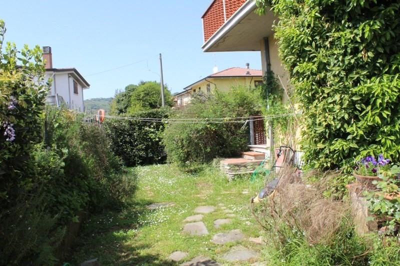 Appartamento in vendita a Massa, 4 locali, prezzo € 210.000 | PortaleAgenzieImmobiliari.it