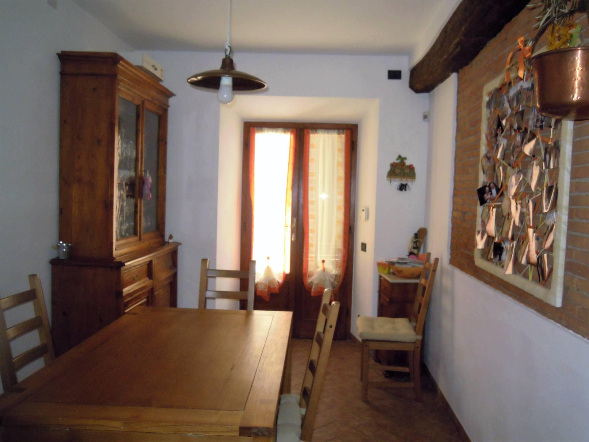 Casa semindipendente in vendita, rif. T/26