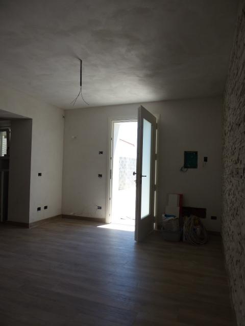 Casa semindipendente in vendita, rif. T/07