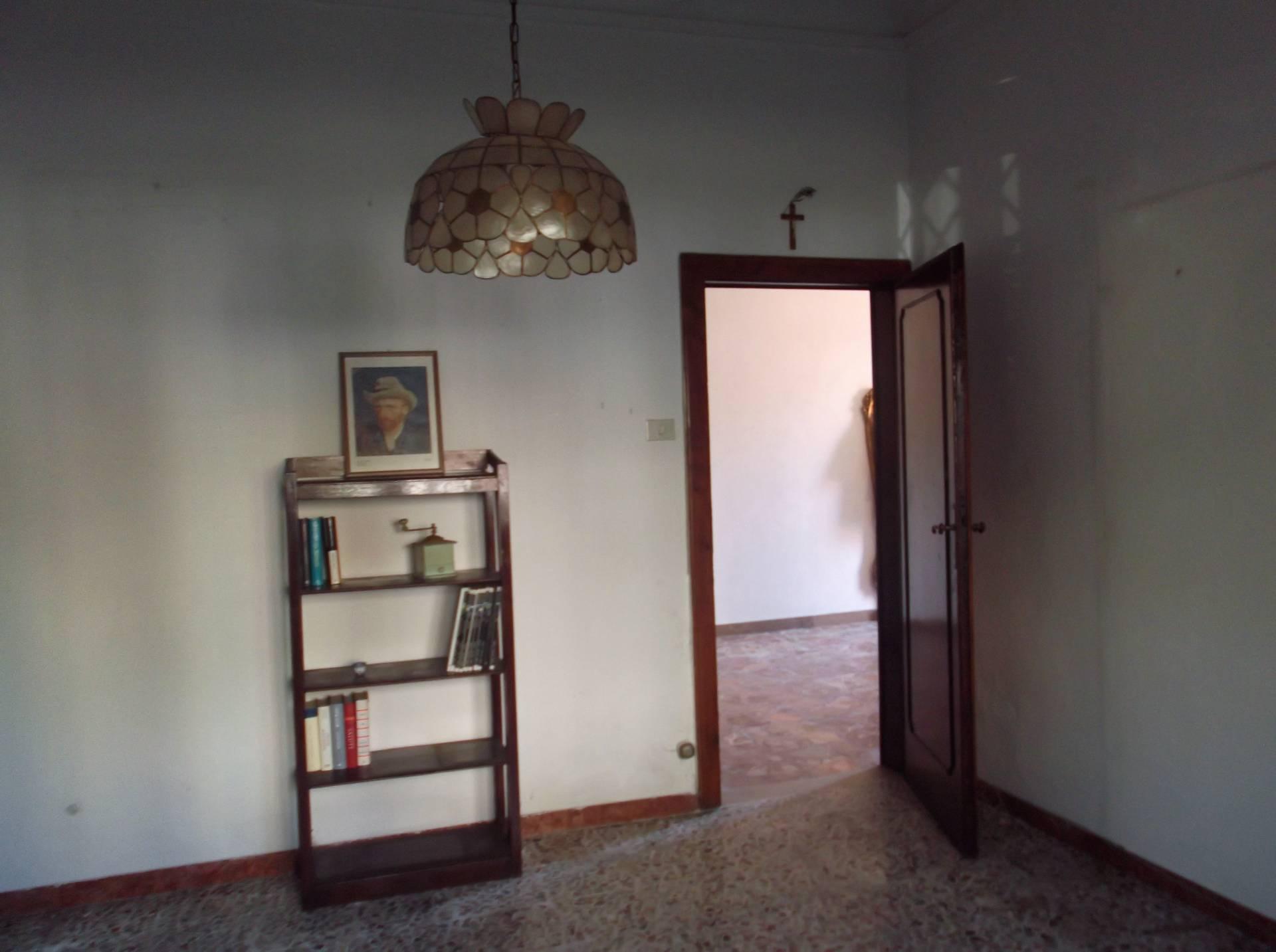 Casa semindipendente in vendita, rif. T/101