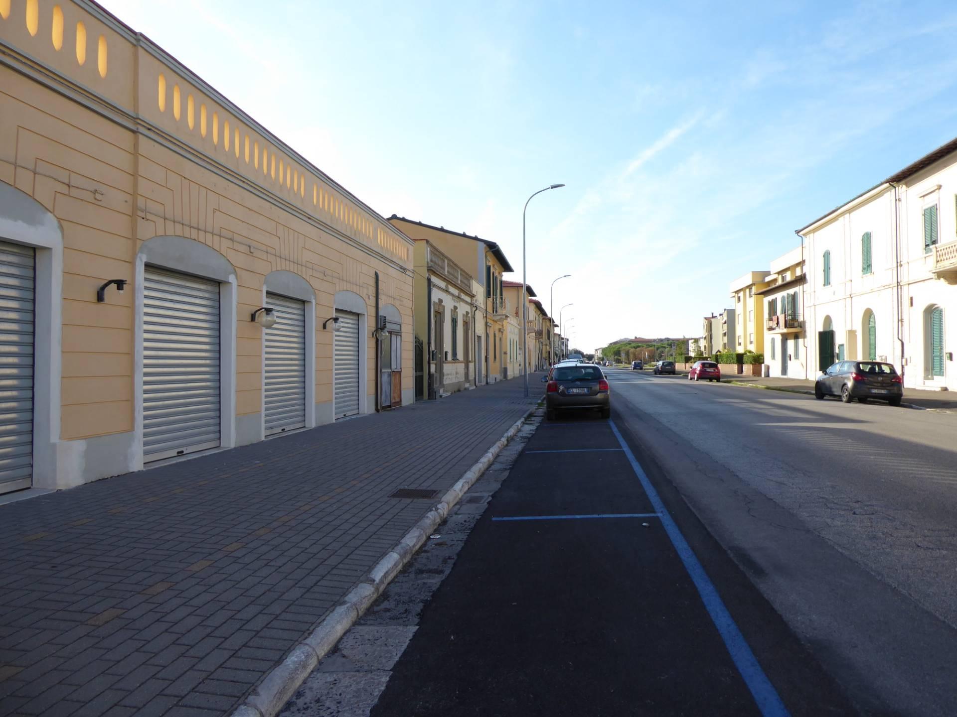 Locale comm.le/Fondo in affitto commerciale, rif. C/8