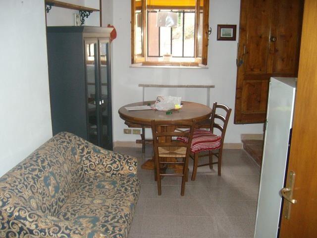 Appartamento in vendita a Mensano, Casole d'Elsa (SI)