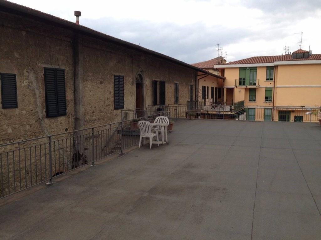 Stabile/Palazzo in vendita a Colle di Val d'Elsa (SI)