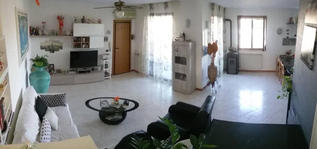 Appartamento in vendita a Grosseto, 6 locali, prezzo € 395.000 | PortaleAgenzieImmobiliari.it