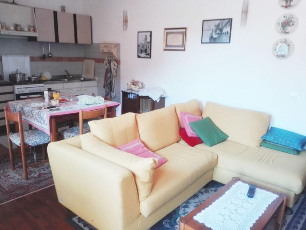 Porzione di casa in vendita a Sant'antonio, Carrara (MS)