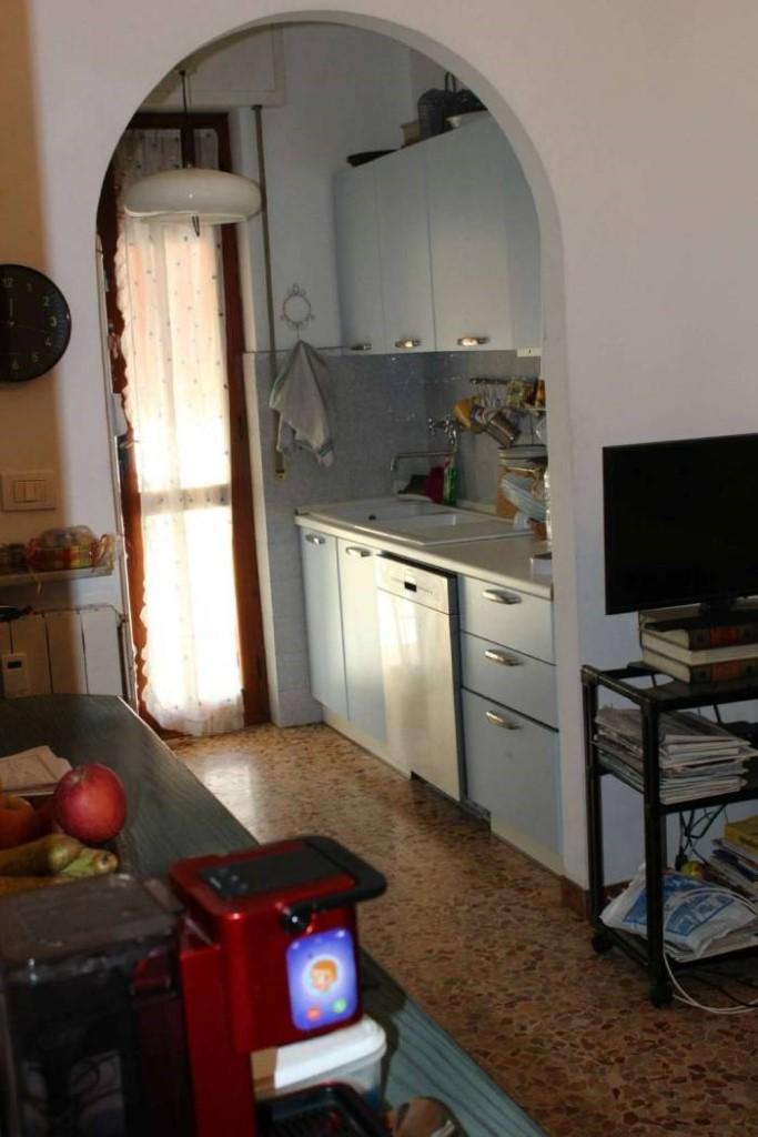 Appartamento in vendita, rif. 3019