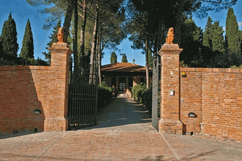 VILLA in Vendita a San Gimignano (SIENA)