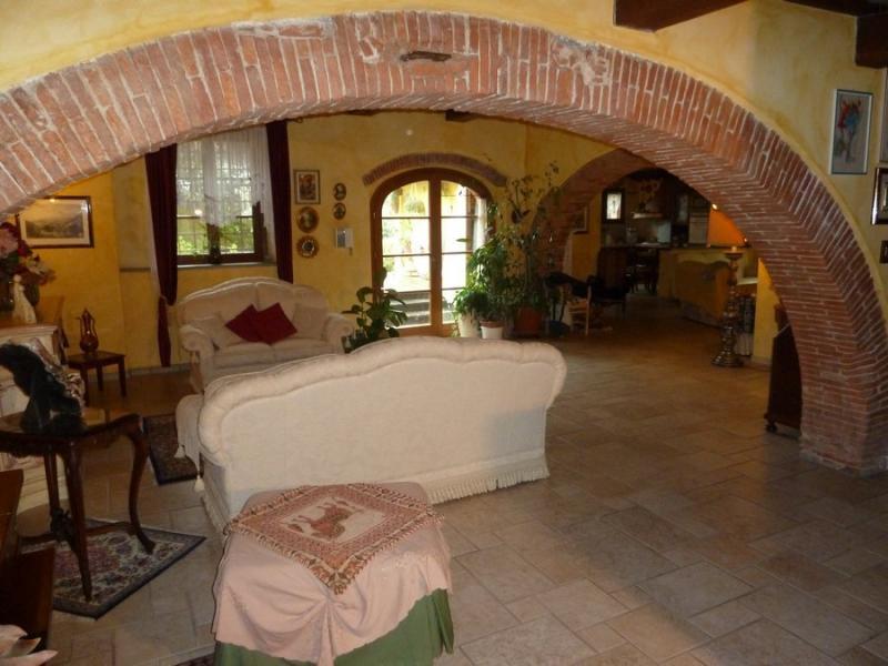 Rustico / Casale in vendita a Calci, 6 locali, prezzo € 440.000 | CambioCasa.it
