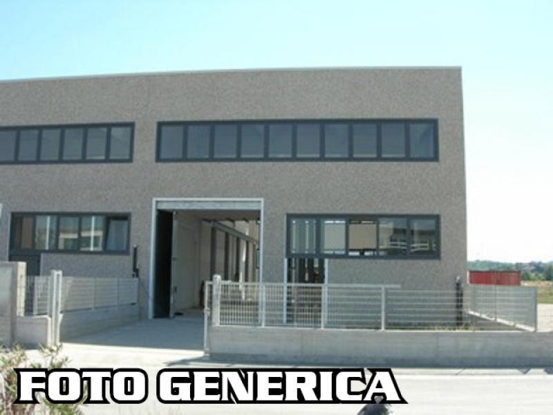 Capannone industriale in vendita a Cecina (LI)