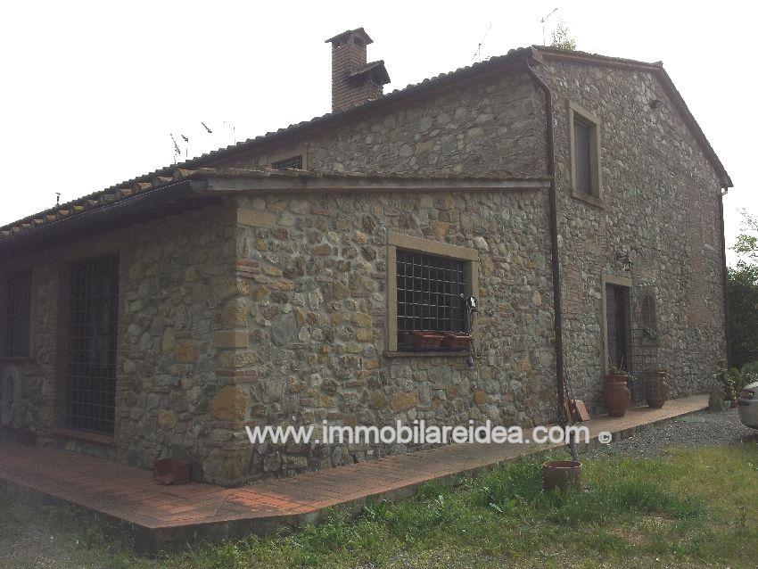 Colonica in vendita a Rosignano Marittimo (LI)