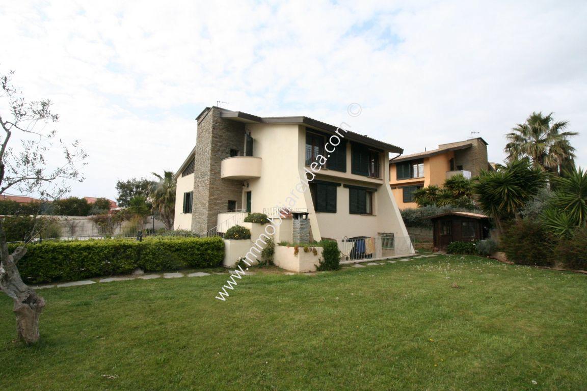 Villa singola in vendita, rif. 585