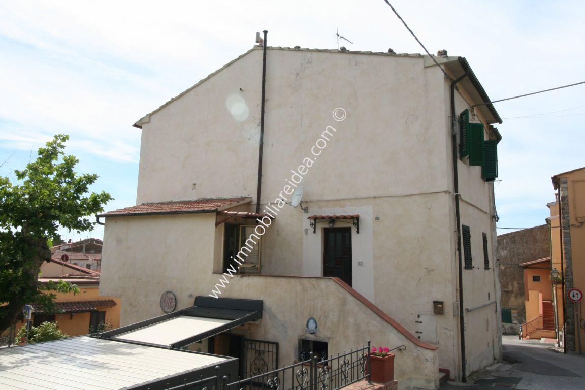Casa semindipendente in vendita a Castellina Marittima (PI)